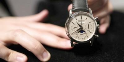 Mua đồng hồ chính hãng Thụy Sỹ ở đâu Hà Nội
