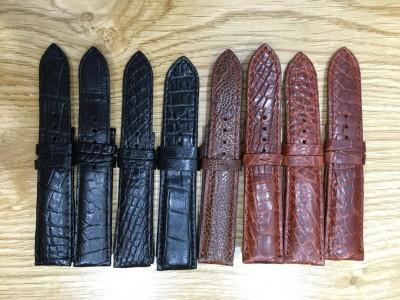 Tìm nơi thay dây da cá sấu cho đồng hồ ở Hà Nội