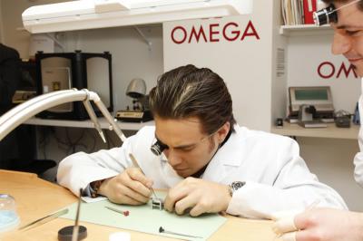 Trung tâm bảo hành đồng hồ Omega chính hãng tại Việt Nam
